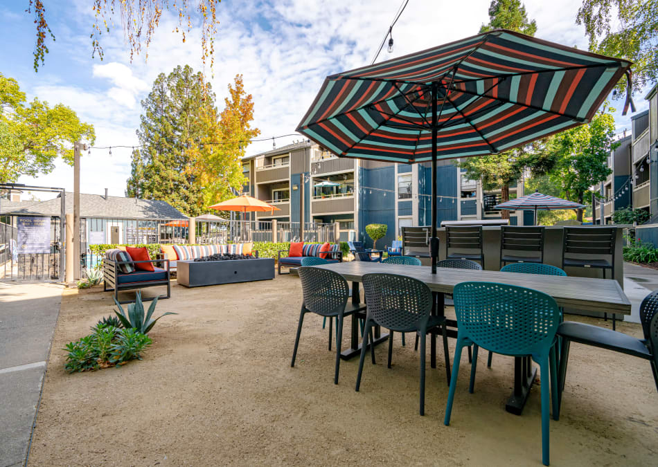 Great outdoor common area to gather with your friends and neighbors at Terra Martinez in Martinez, California