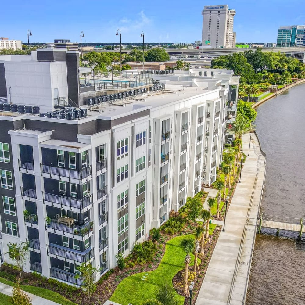 View the site for Riverside St. Johns apartments in Jacksonville, Florida