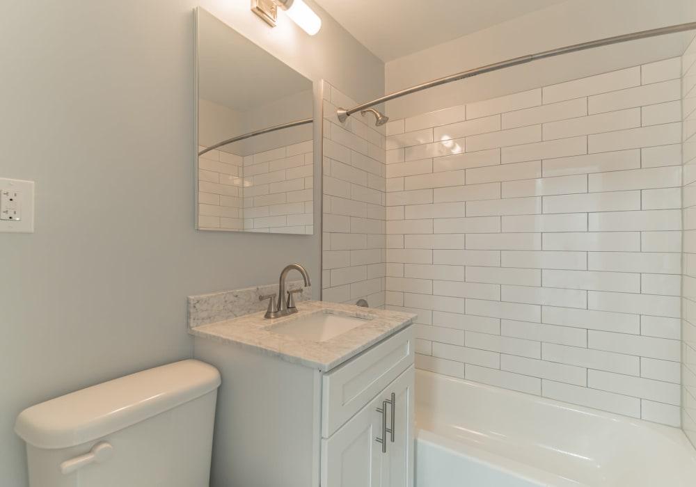 Personal bathroom at Eagle Rock Apartments at Mineola