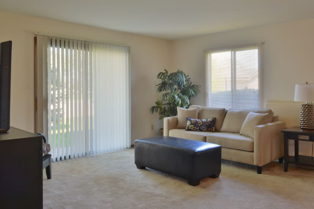 An example living room at Parquelynn Village Apartments in Nashotah, WI