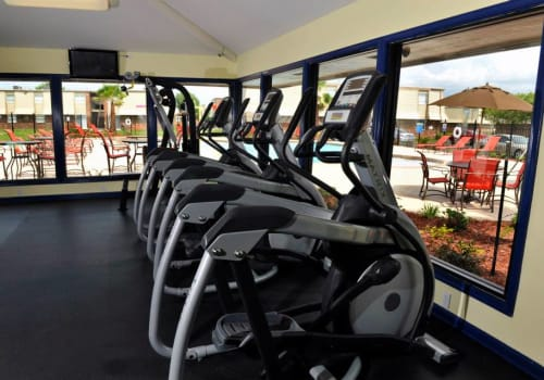 Fitness center at Emerald Pointe Apartment Homes in Harvey, Louisiana