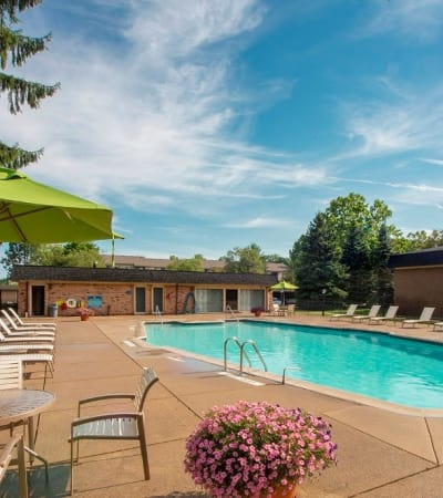 View the Amenities at Kensington Manor Apartments in Farmington, Michigan