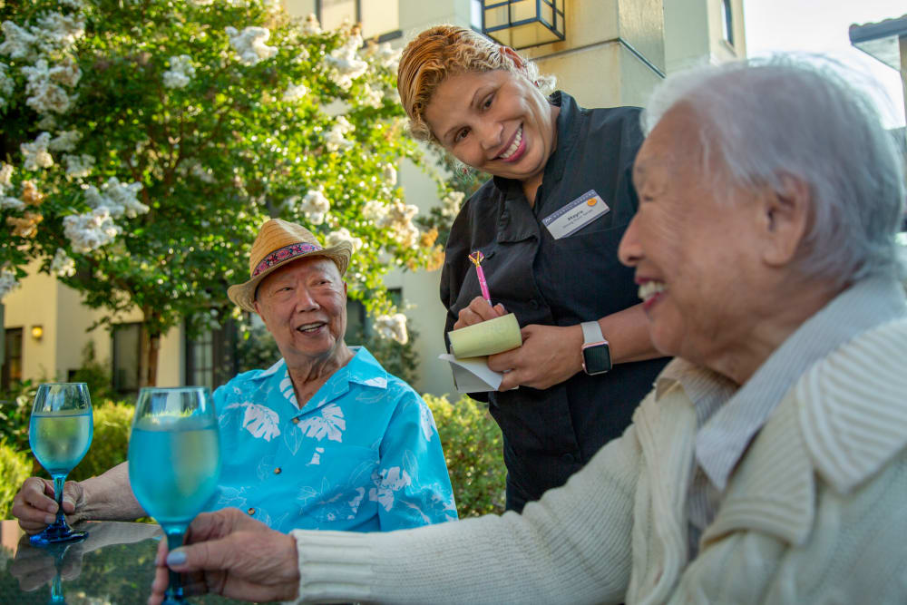 Residents having a meal at Huntington Beach senior living