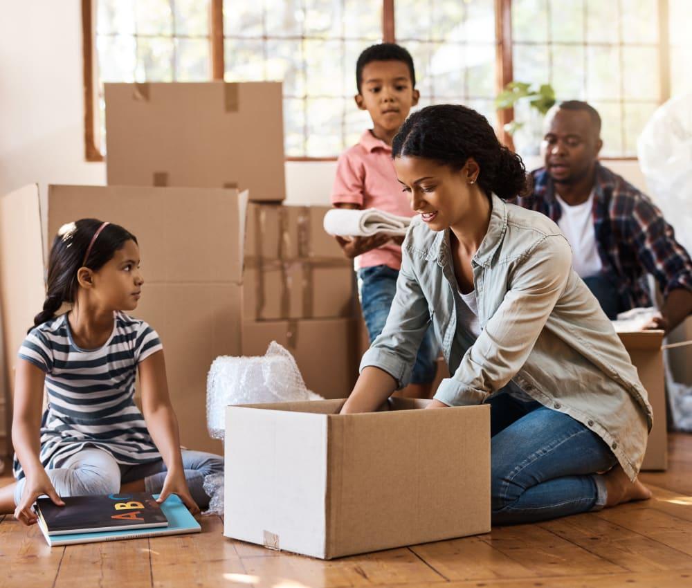 Family packing at Box Self Storage Units in Cincinnati, Ohio