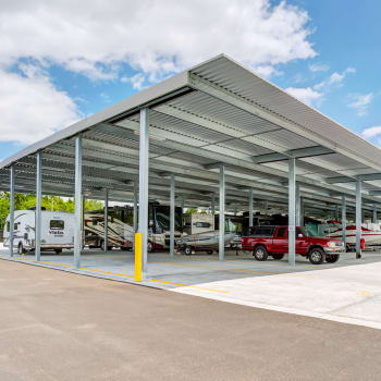 Covered parking for cars, trucks, RVs, and boats in Orlando