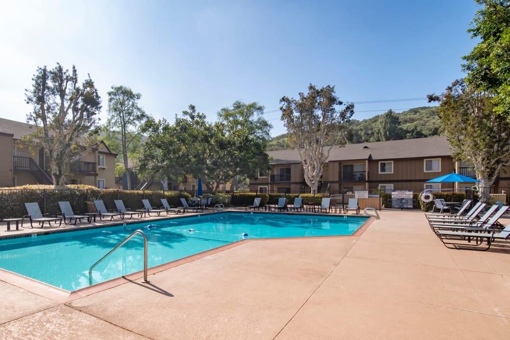 Beautiful resort-style swimming pool at Terra Nova Villas in Chula Vista, California