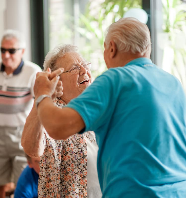 Seniors dancing at Magnolia Grand
