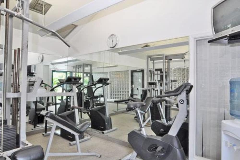 Enjoy a well-equipped fitness center at French Colony Apartments in Lafayette, Louisiana