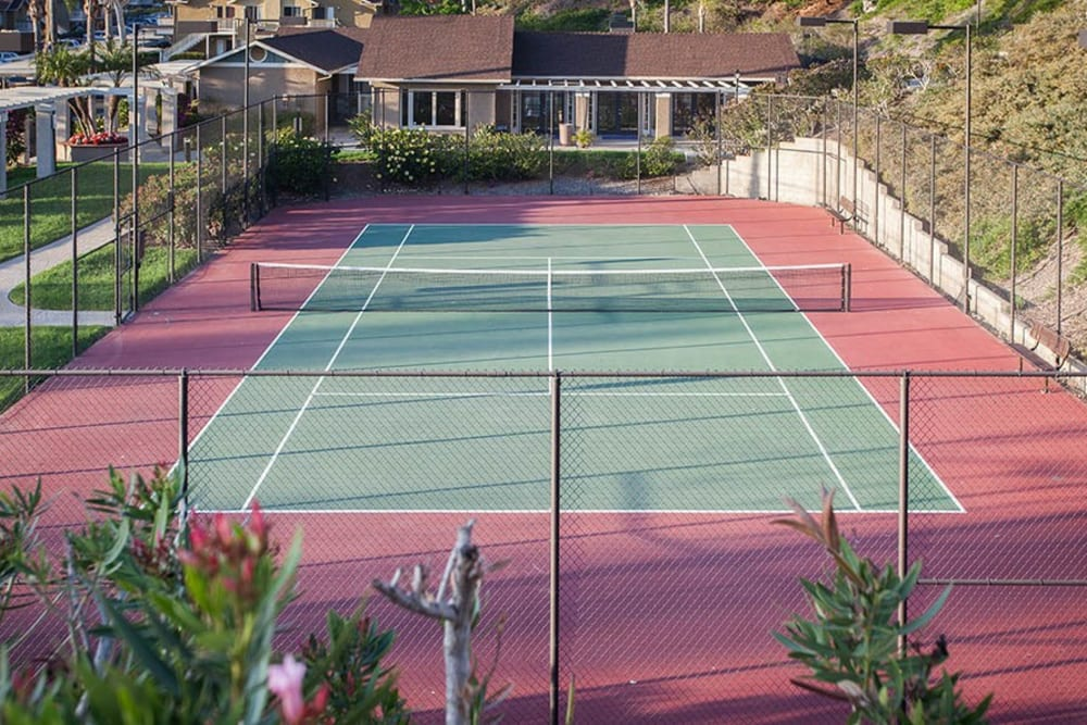 The onsite tennis court at Lakeview Village Apartments in Spring Valley, California