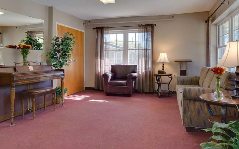 The community lounge at Montgomery Place in Independence, Kansas