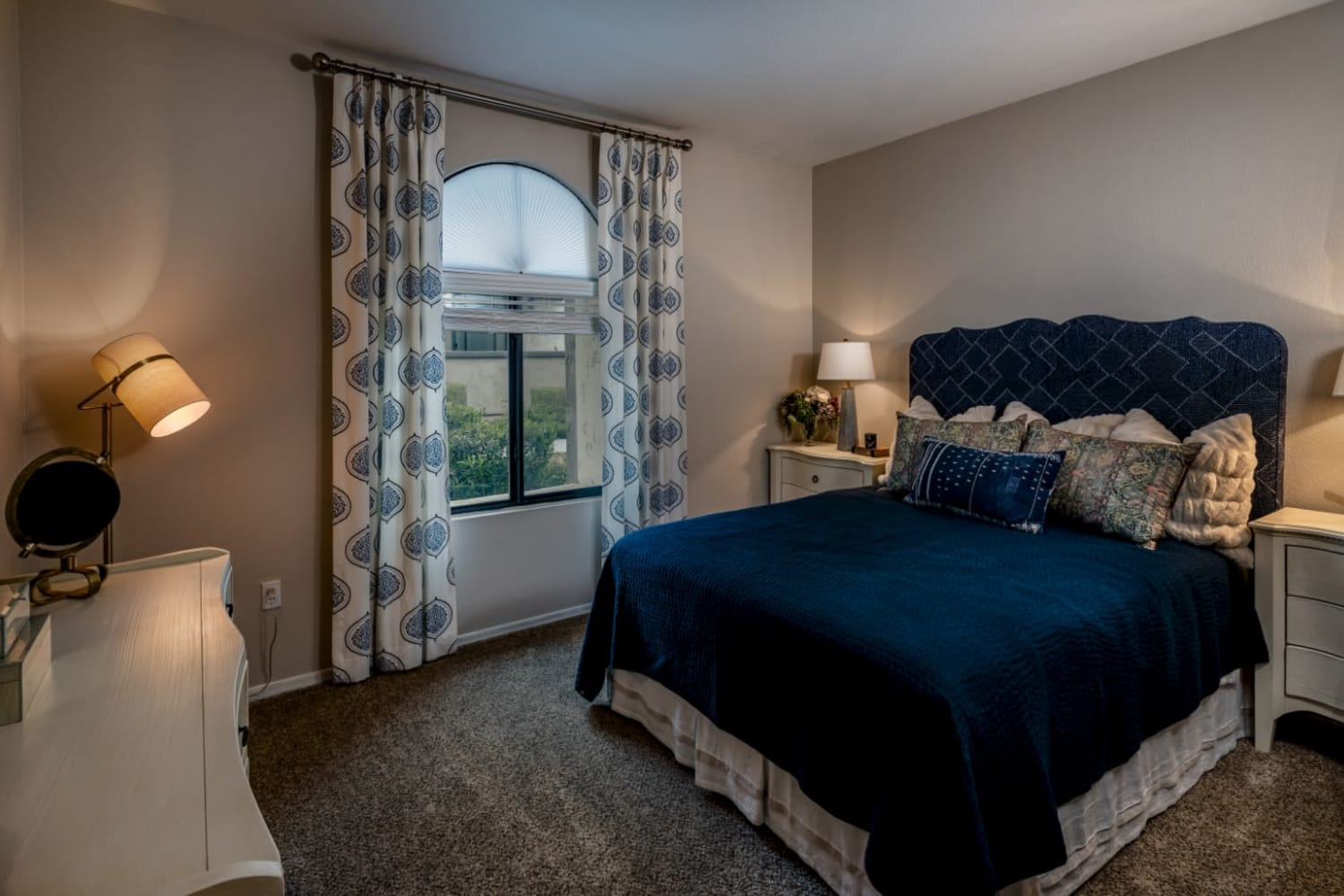 Enjoy bedrooms with large widows at Dobson 2222 in Chandler, Arizona