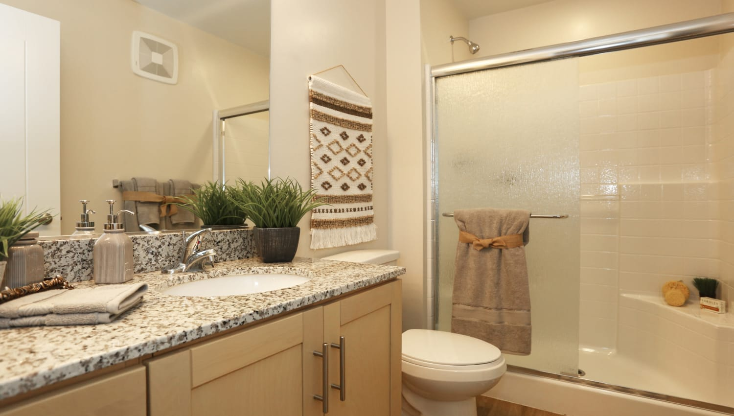 Shower-tub combos in the bathrooms at Mountain Trail in Flagstaff, Arizona