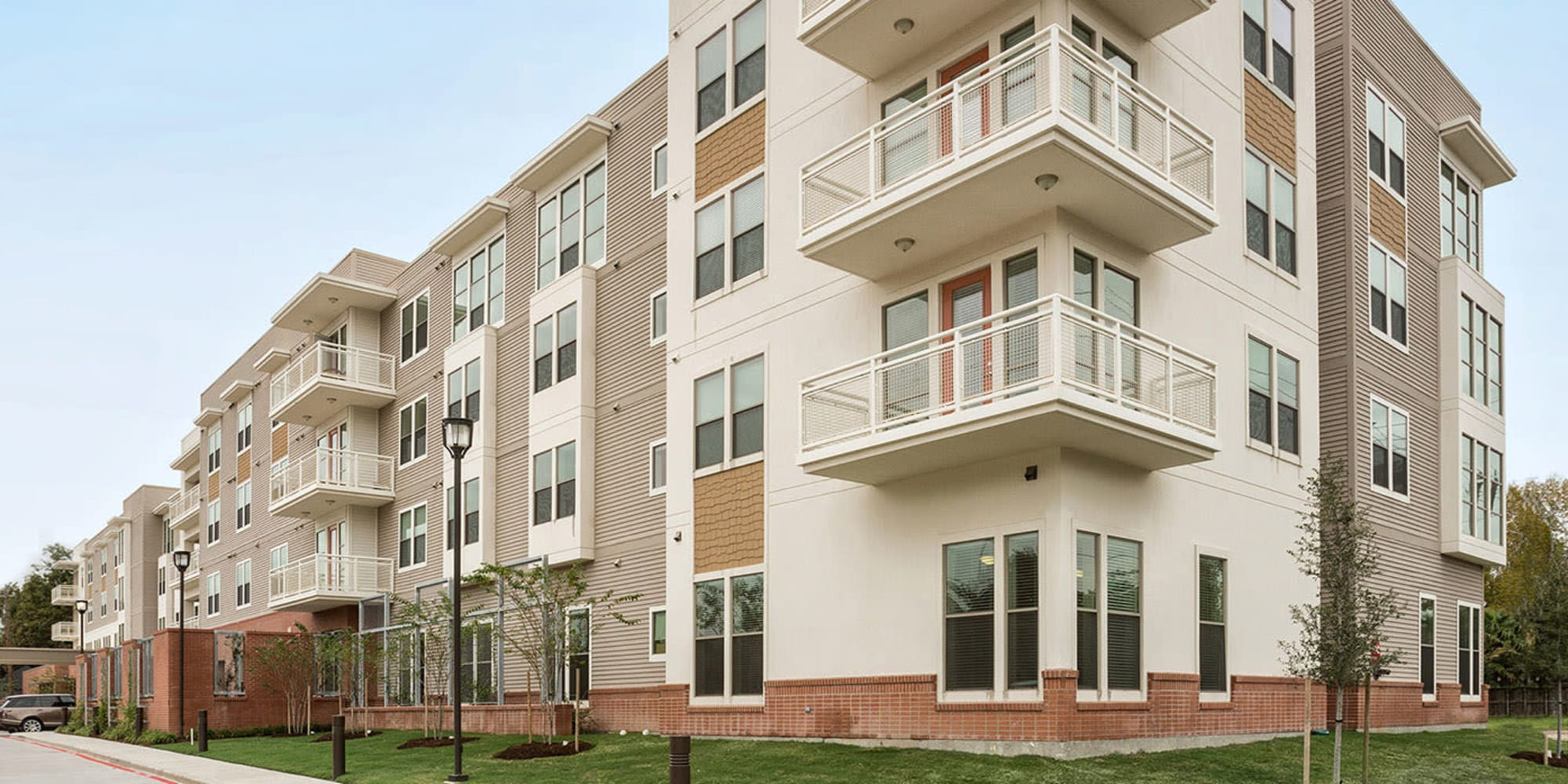 Senior living at The Village of the Heights in Houston, Texas