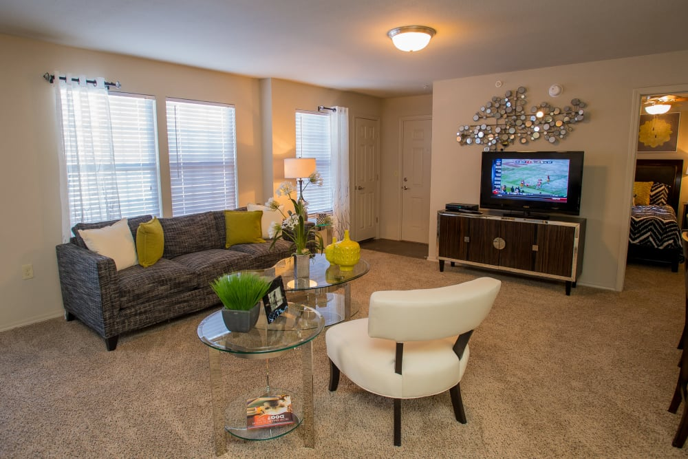 Bright living room at Villas at Canyon Ranch in Yukon, Oklahoma