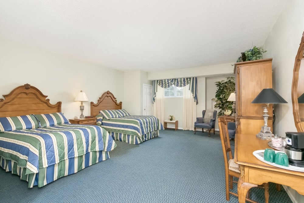Guest room suite at Applewood Pointe of Woodbury in Woodbury, Minnesota.