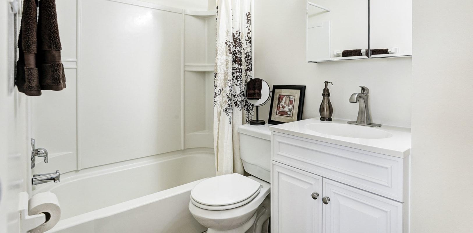 Clean bathroom at Lehigh Plaza Apartments in Bethlehem, Pennsylvania