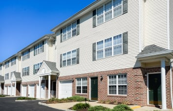 Mews at Annandale Townhomes in New Jersey