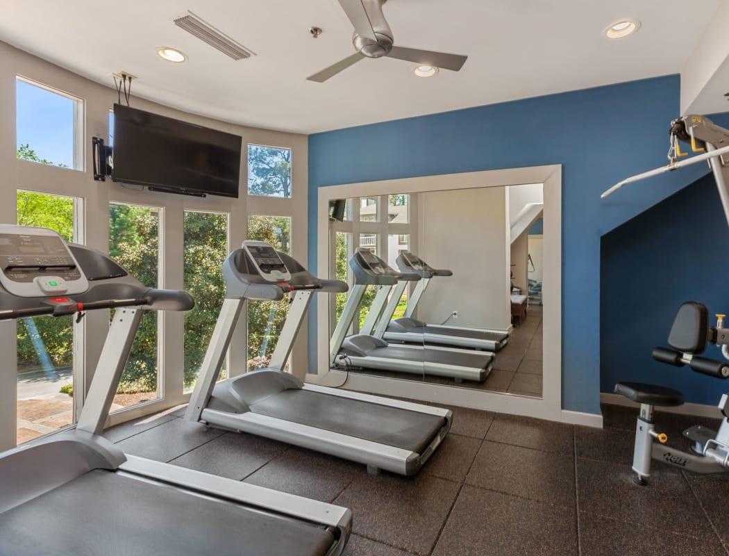 45Eighty Dunwoody Apartment Homes's fitness center in Dunwoody, Georgia