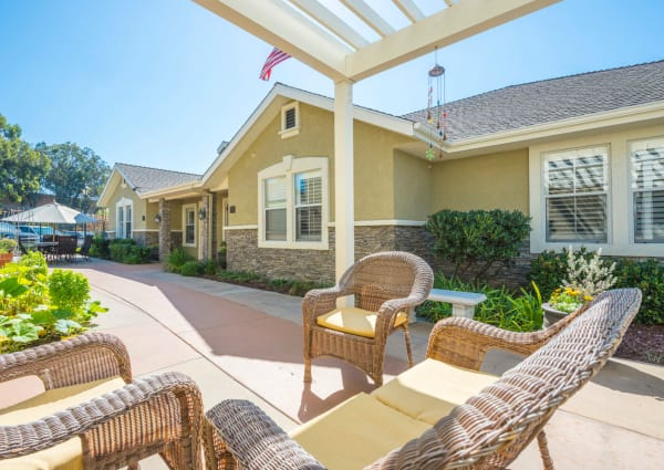 Services and amenities at Pacifica Senior Living Newport Mesa