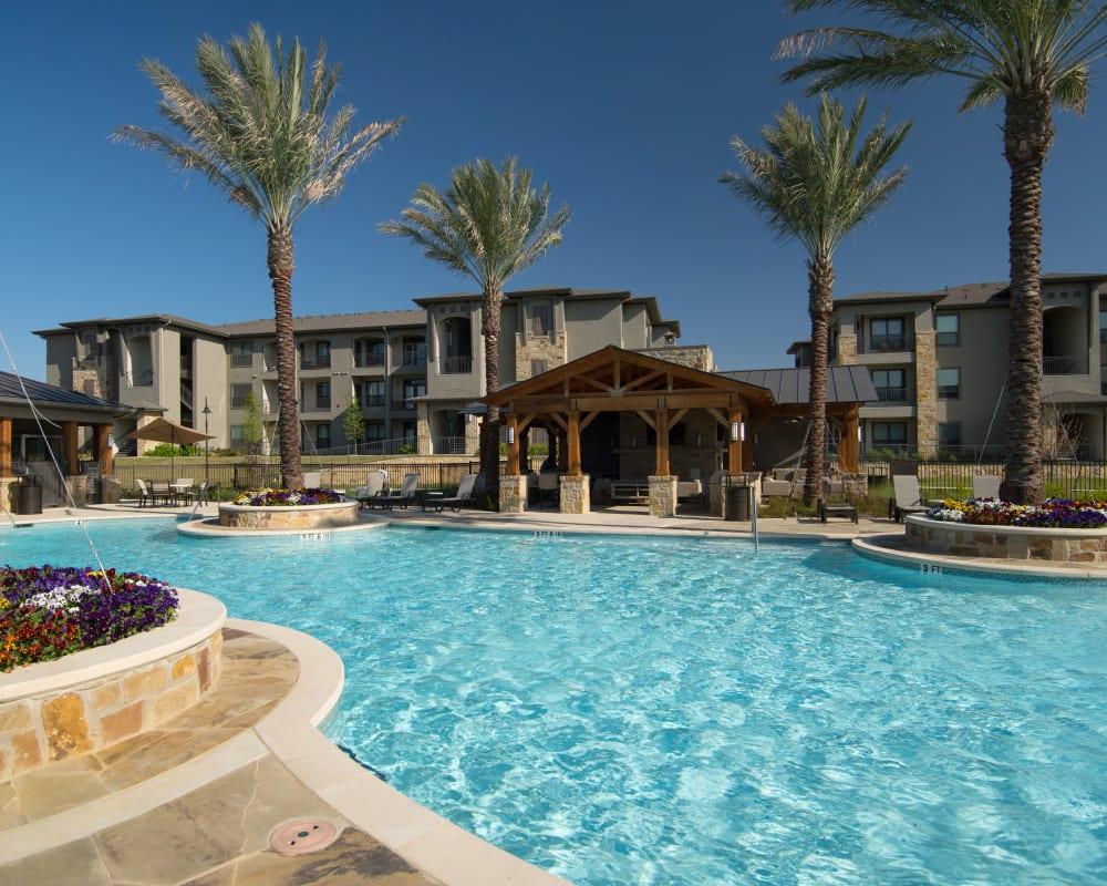 Resident swimming pool at Savannah Oaks in San Antonio, Texas
