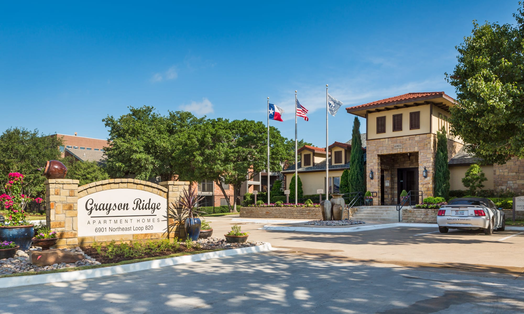 Apartments at Grayson Ridge in North Richland Hills, Texas
