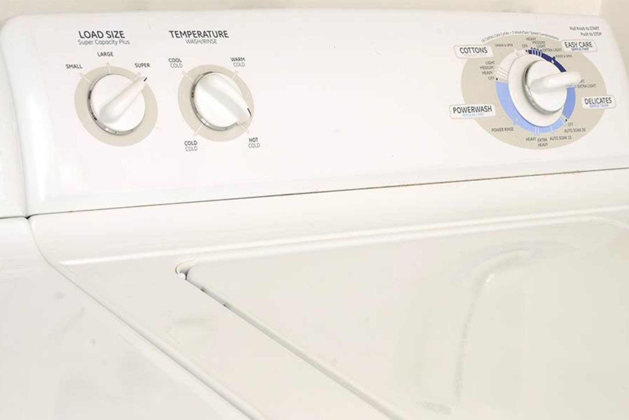 washer and dryer at Promenade at Hunter's Glen Apartments
