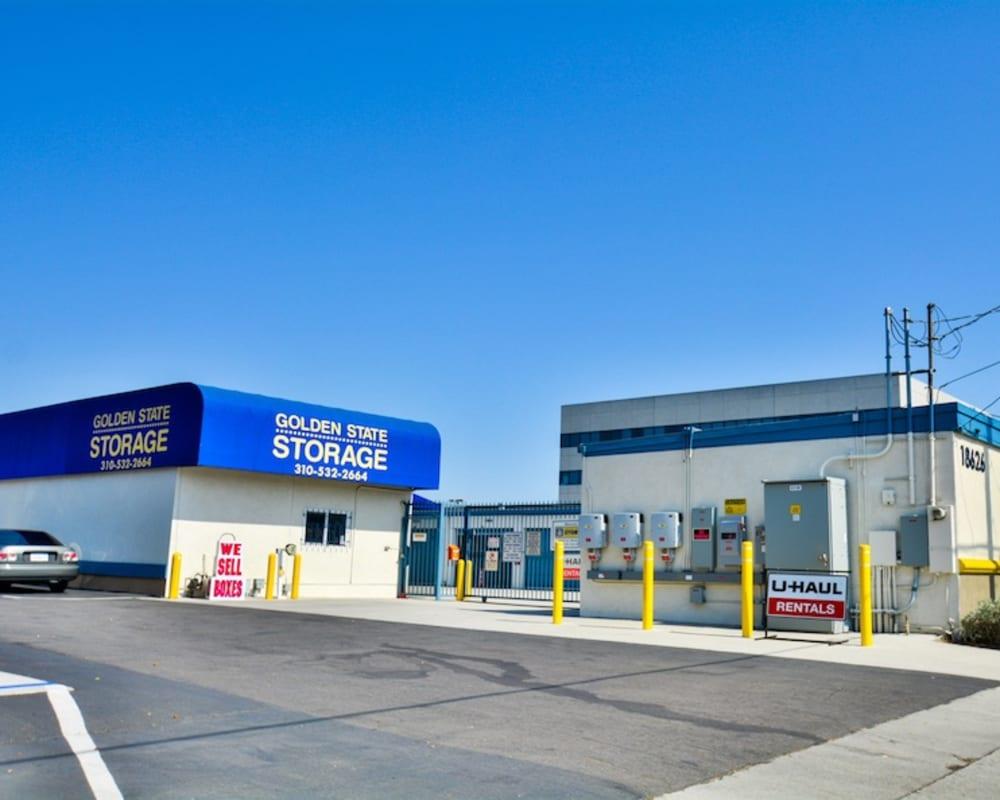 Exterior of Golden State Storage - Gardena in Gardena, California