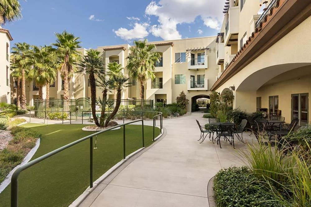 The courtyard at Merrill Gardens at Green Valley Ranch in Henderson, Nevada.
