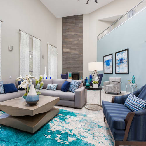 View virtual tour of the clubroom at WestEnd At 76Ten in Tampa, Florida