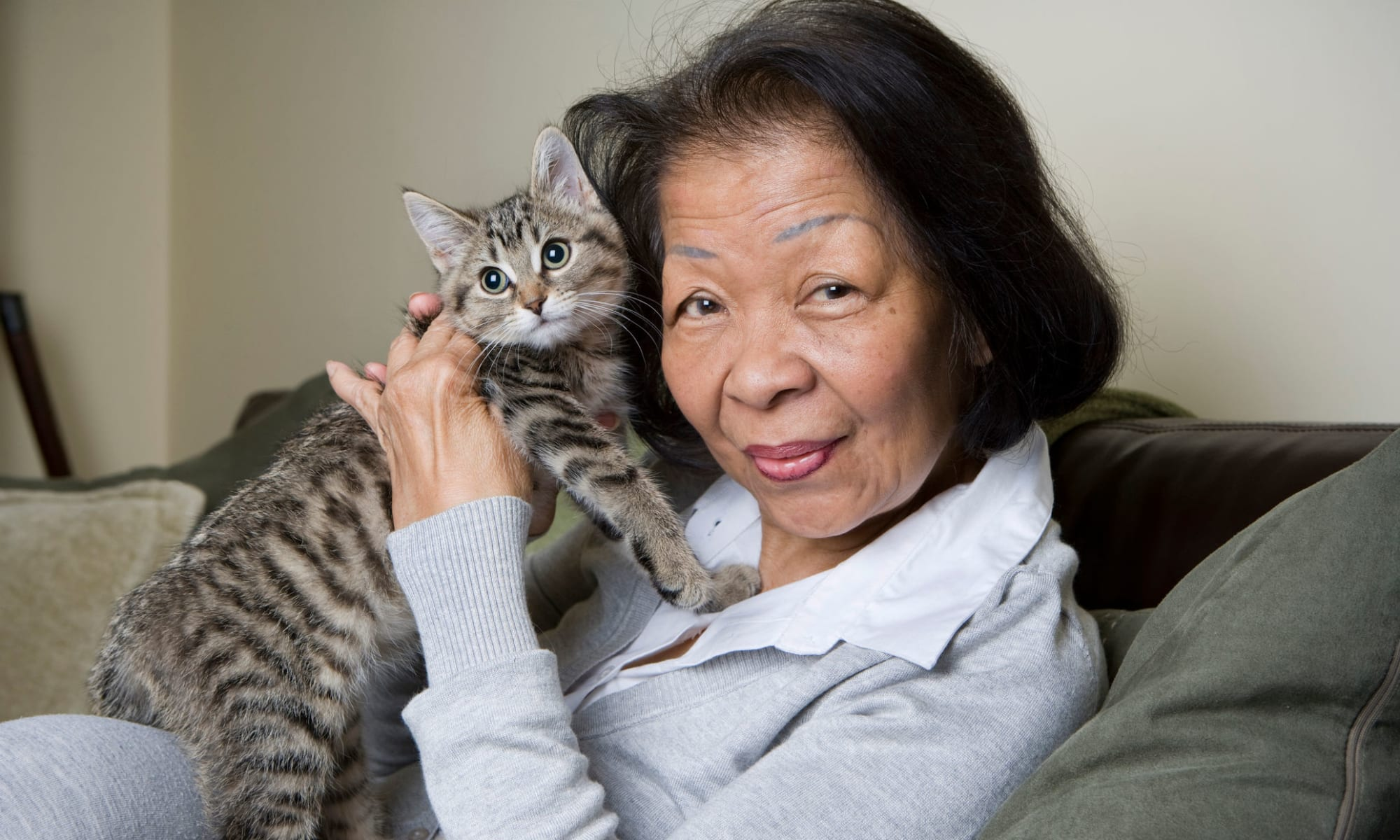 A woman and her cat at Broadwell Senior Living in Plymouth, Minnesota