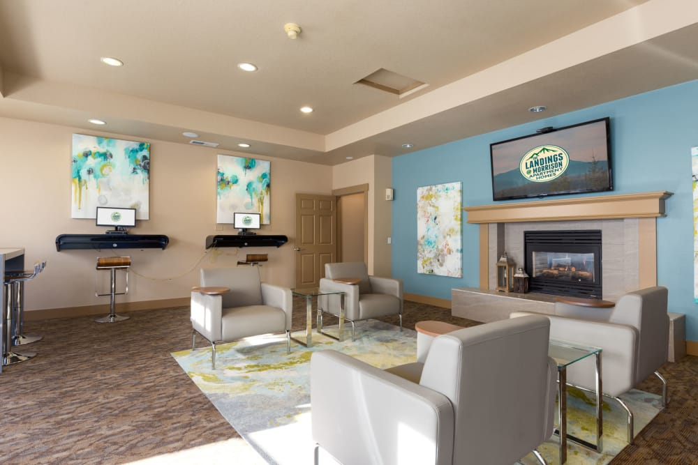 resident clubhouse lounge at The Landings at Morrison Apartments in Gresham