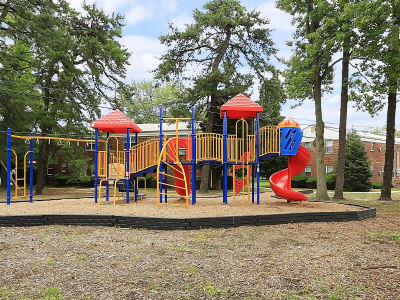 Eatoncrest Apartment Homes offers a playground in Eatontown, New Jersey