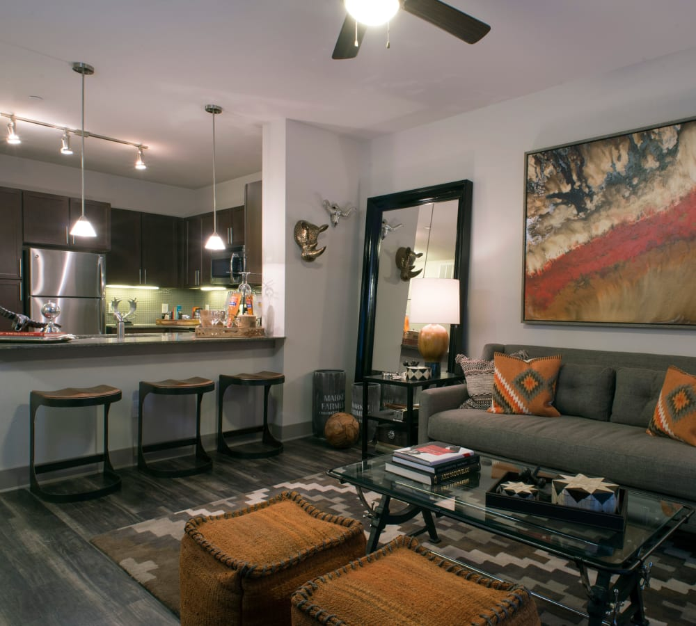 Spacious living room at Savannah Oaks in San Antonio, Texas