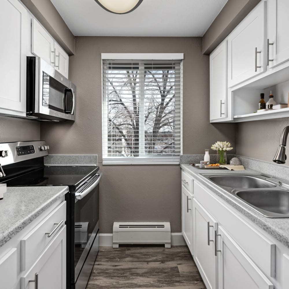 Chef-inspired kitchen at Southglenn Place in Centennial, Colorado