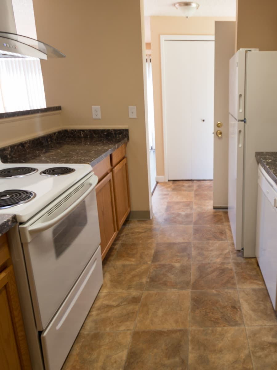 Well equipped kitchen at Oakbrook Apartments in Vancouver, WA