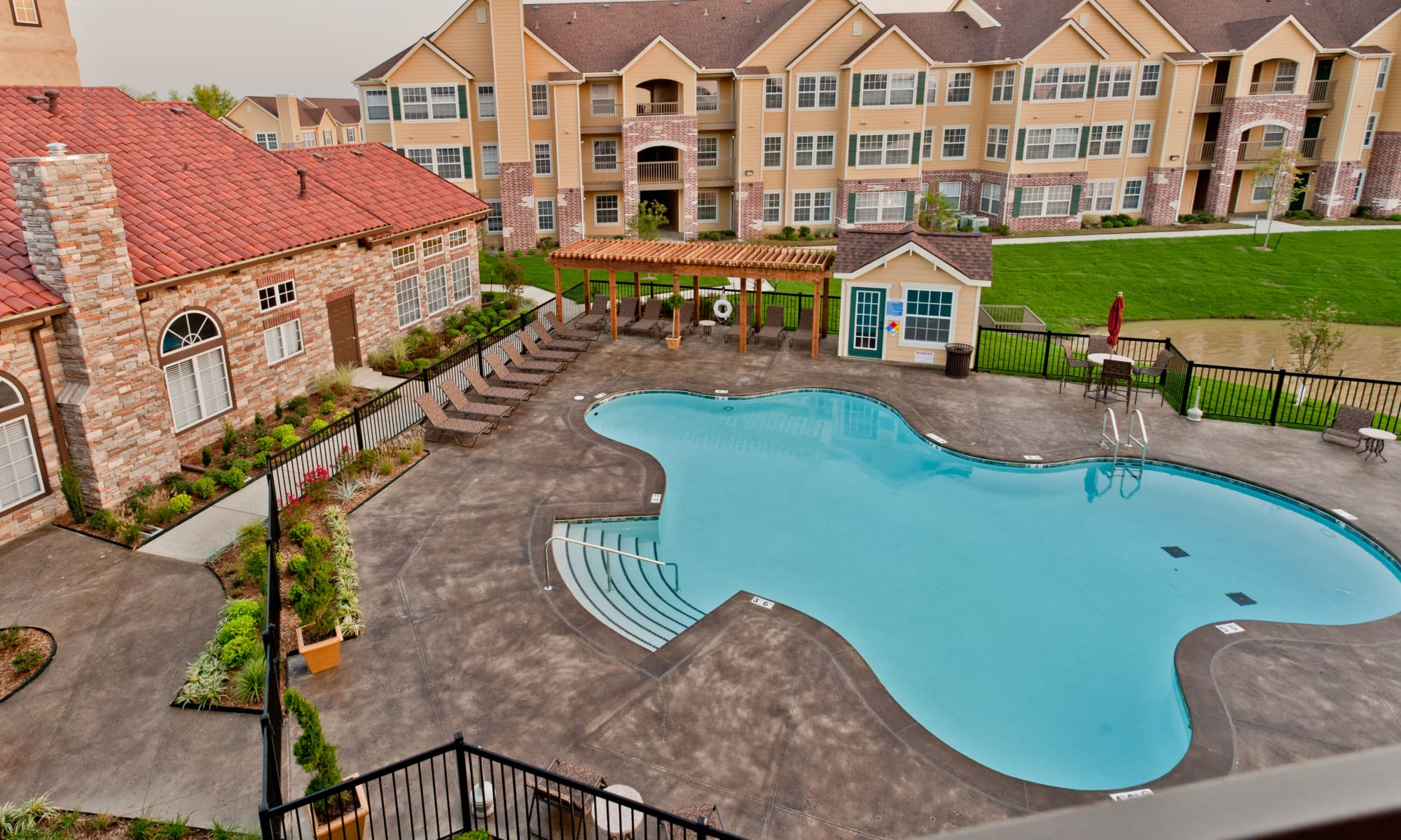 Apartments at Park at Mission Hills in Broken Arrow, Oklahoma