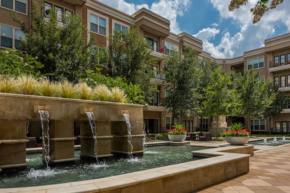 beautiful outdoor fountains at Addison Keller Springs in Addison, TX