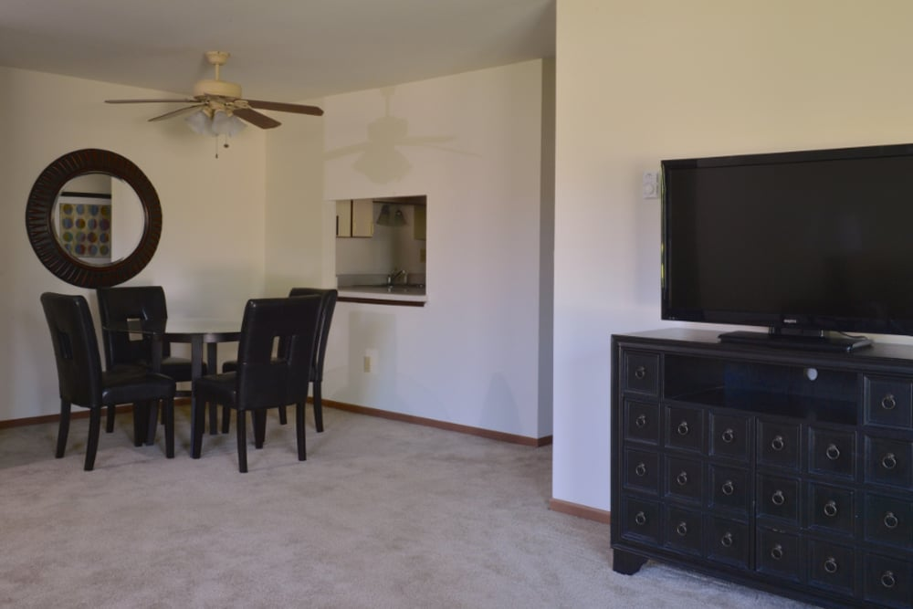 An example dining area at Parquelynn Village Apartments in Nashotah, WI