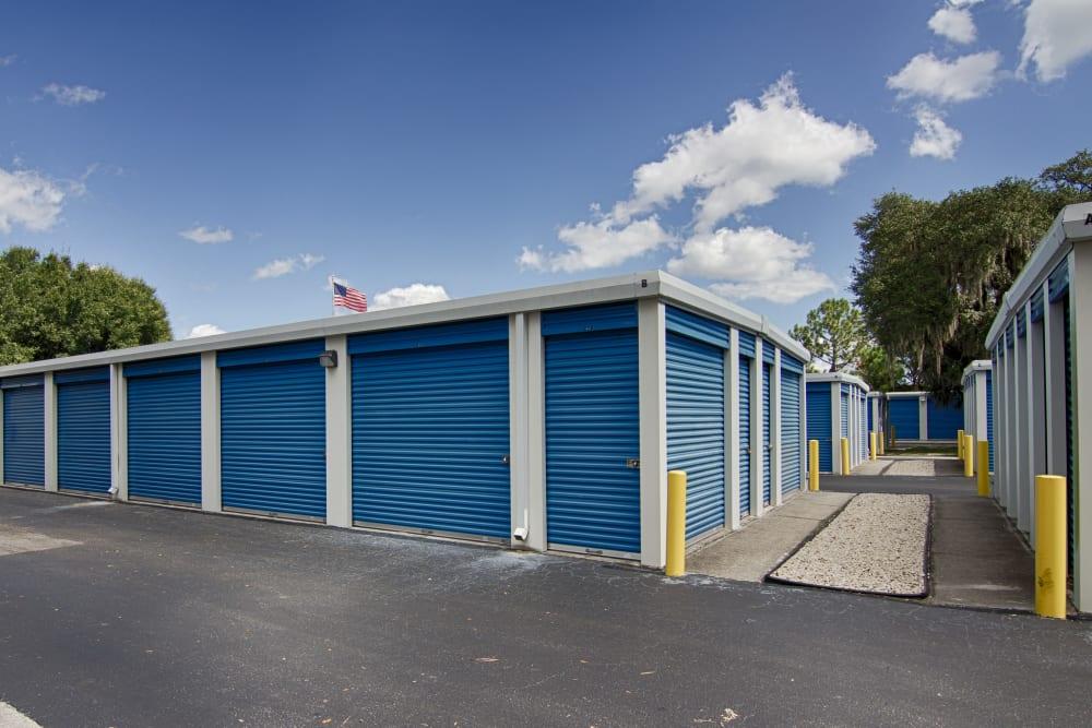 Metro Self Storage offers outdoor units in Sarasota, Florida