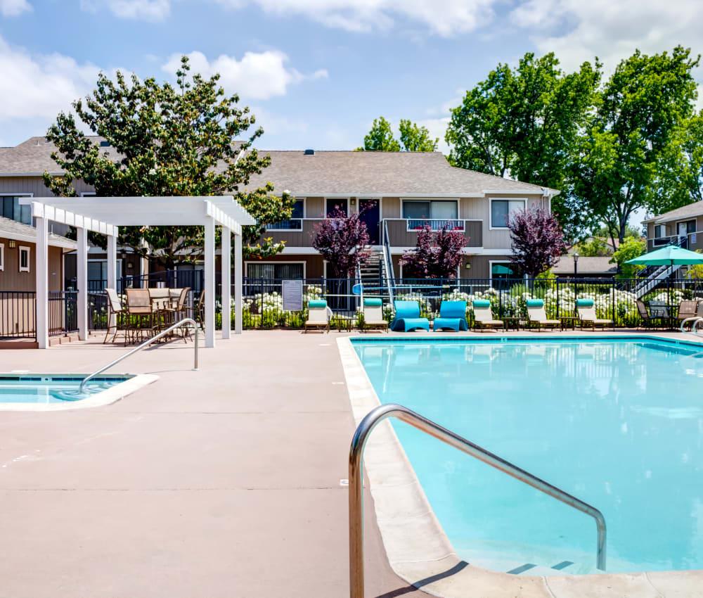 Sparkling swimming pool on a gorgeous day at Sofi Berryessa in San Jose, California