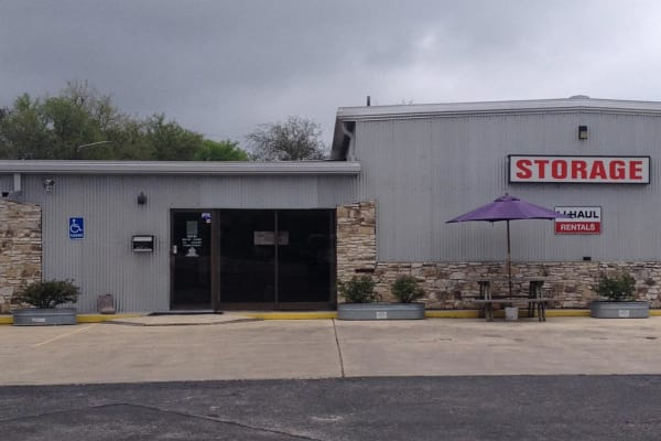 Front view of the leasing office at Ranch Road Self Storage in San Marcos, Texas