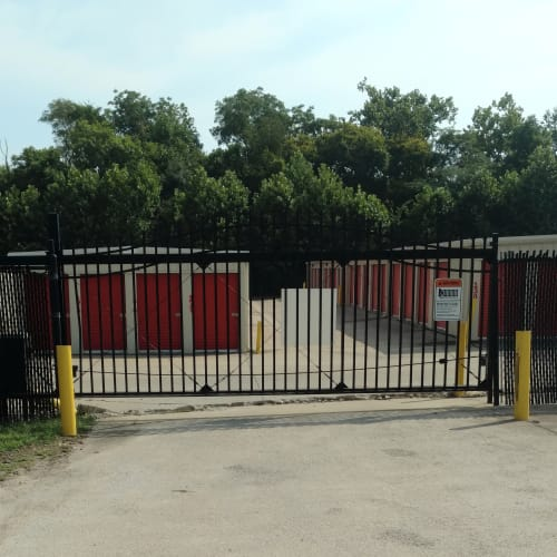 Electronic gate access at Red Dot Storage in Clarksville, Tennessee