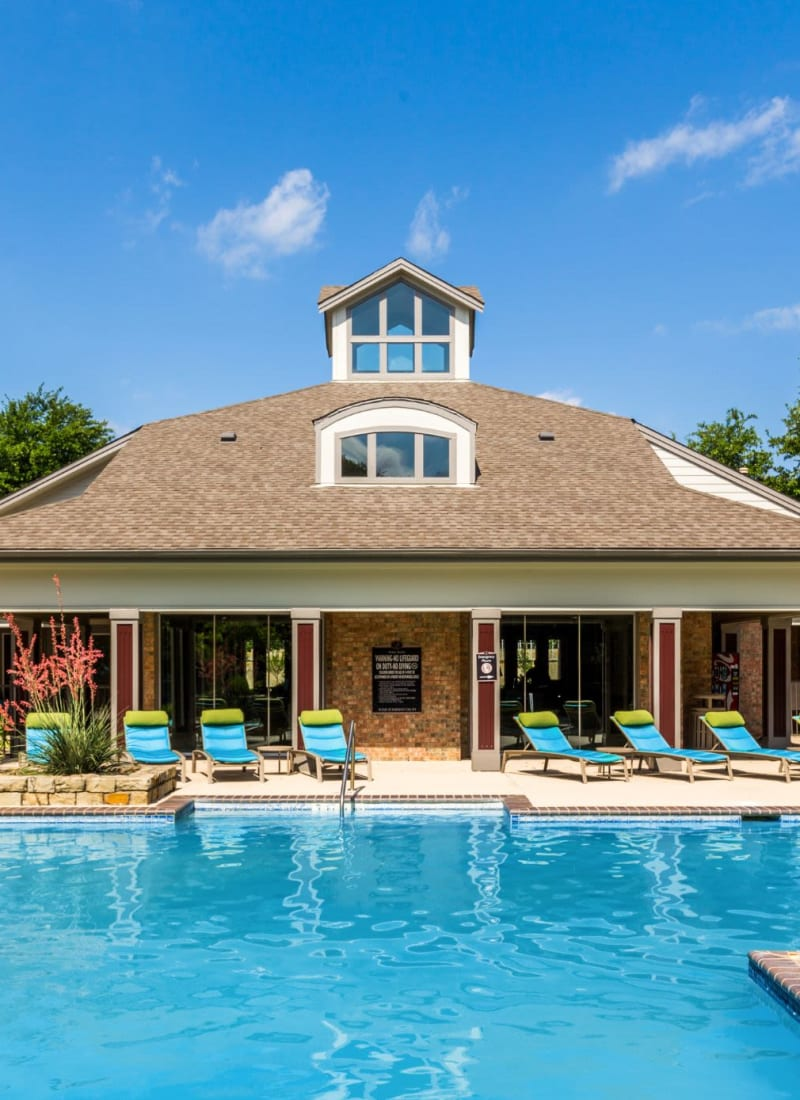 Exterior of clubhouse at Brooks on Preston in Plano, Texas