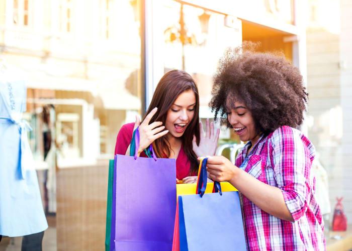 Girls shopping near City Center Apartments in Las Vegas, Nevada