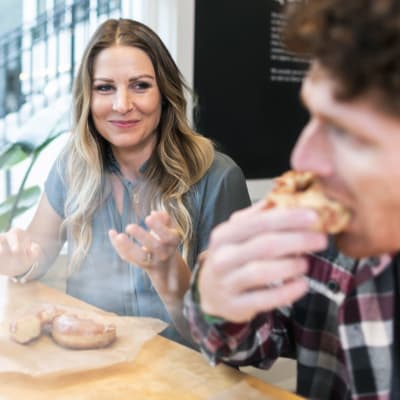 Food and drink near TwentyTwenty Apartments in Portland, Oregon