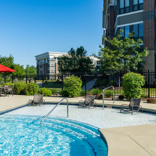 Pool and hot tub at Latitude at Deerfield Crossing in Mason, Ohio