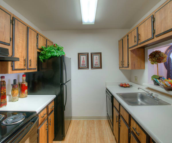 Modern kitchen at Verona Park Apartments
