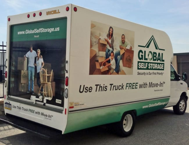 Move in truck from Global Self Storage in Bolingbrook, Illinois