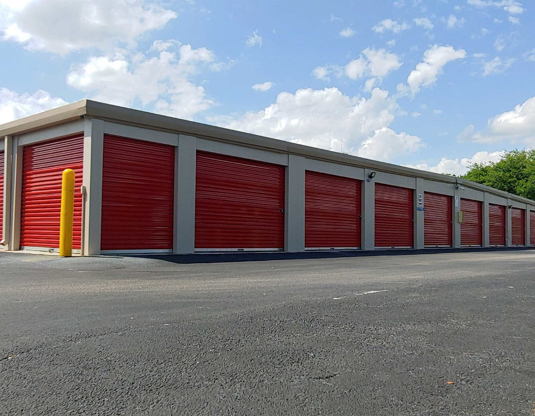 Exterior storage units at StorQuest Self Storage in Odessa, FL