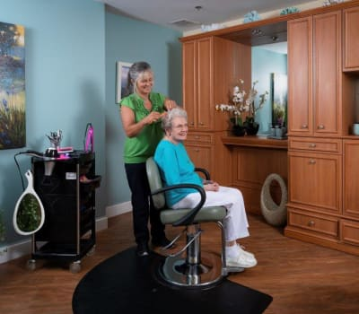 Resident visiting the salon at Tequesta Terrace in Tequesta, Florida